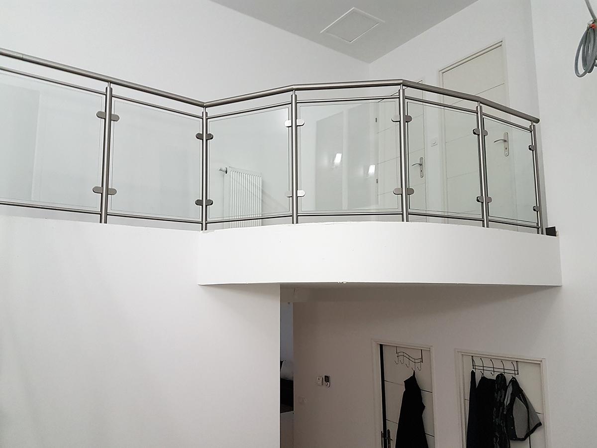 guarda corpos em vidro e inox interior sciev. Black Bedroom Furniture Sets. Home Design Ideas